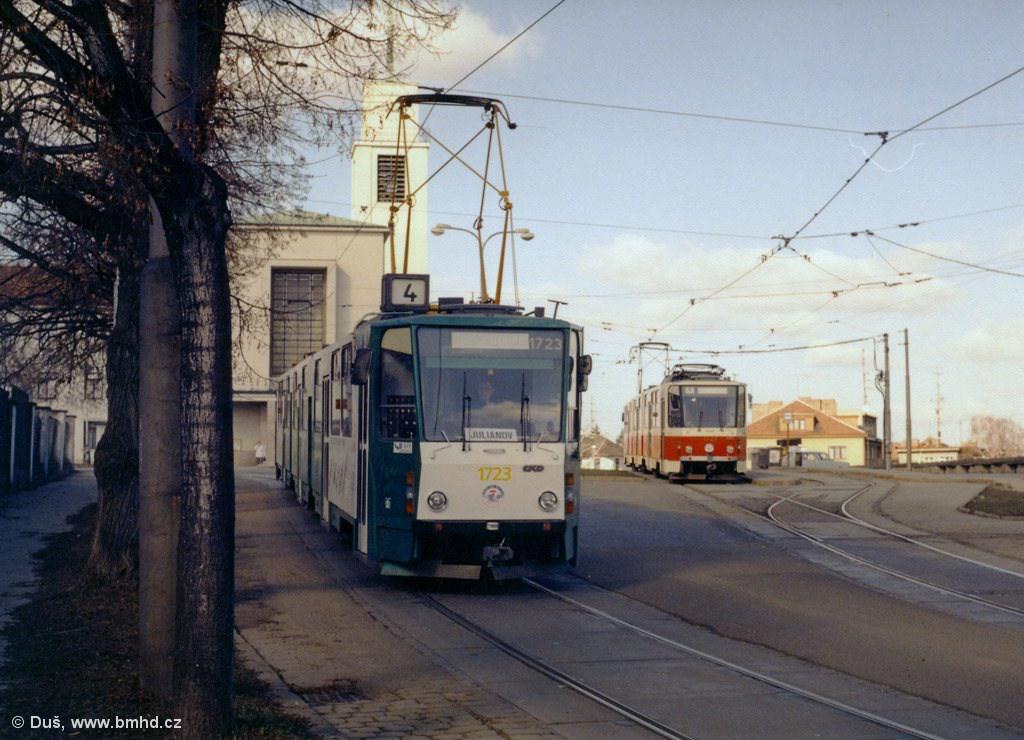 Fotogalerie » KT8D5 1723 | KT8D5SU 1727 | Brno | Masarykova čtvrť | náměstí Míru | Náměstí Míru, smyčka