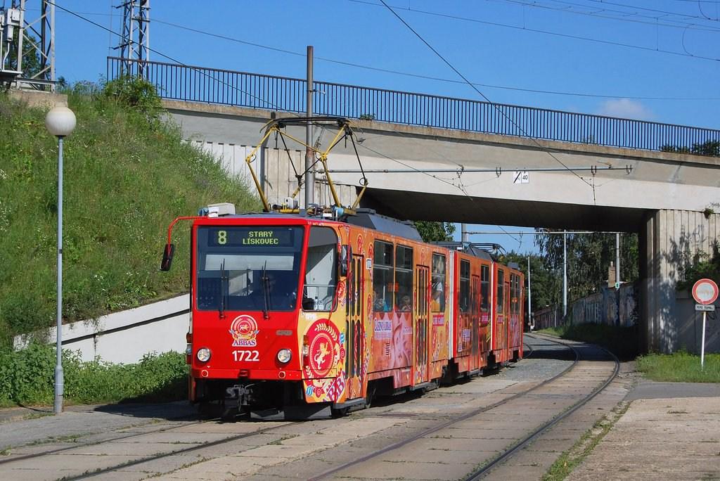 Fotogalerie » ČKD Tatra KT8D5 1722 | Brno | Židenice | Nezamyslova