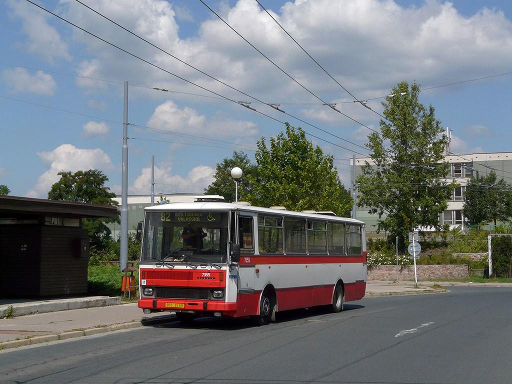 Fotogalerie » Karosa B732 pro invalidy 7355 | Brno | Vinohrady | Pálavské náměstí | Pálavské náměstí