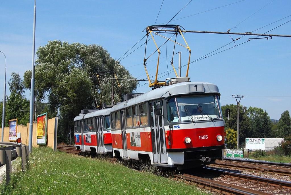 Fotogalerie » ČKD Tatra T3M 1585 | ČKD Tatra T3M 1594 | Brno | Bystrc | Obvodová