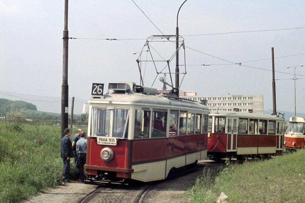 Fotogalerie » DPP 3005 | DPP 1207 | Brno | Královo Pole | Technické muzeum, smyčka