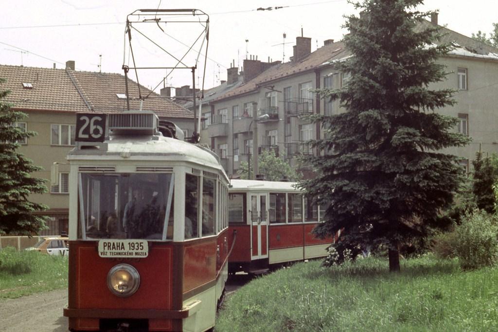Fotogalerie » DPP 3005 | DPP 1207 | Brno | Královo Pole | Purkyňova | Červinkova, smyčka