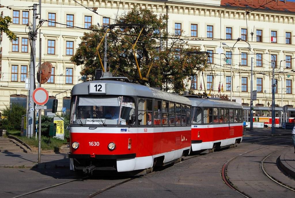 Fotogalerie » ČKD Tatra T3T 1630 | ČKD Tatra T3T 1627 | Brno | střed | Nádražní | Hlavní nádraží