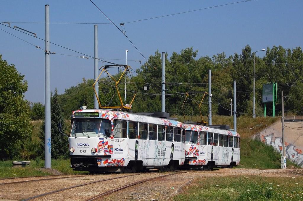 Fotogalerie » ČKD Tatra T3M 1573 | ČKD Tatra T3M 1580 | Brno | Bystrc | Rakovecká, smyčka
