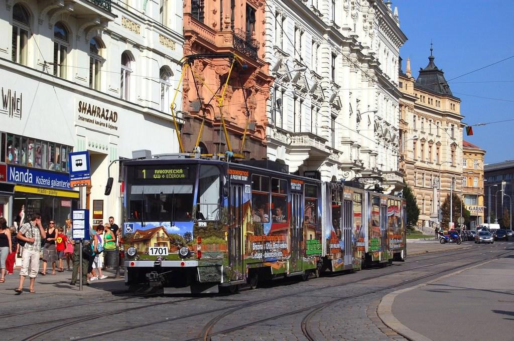 Fotogalerie » ČKD Tatra KT8D5R.N2 1701   Brno   střed   Malinovského náměstí   Malinovského náměstí