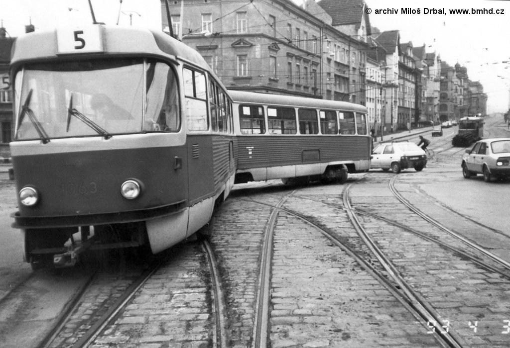 Fotogalerie » ČKD Tatra K2 1063   Brno   Černá Pole   Merhautova