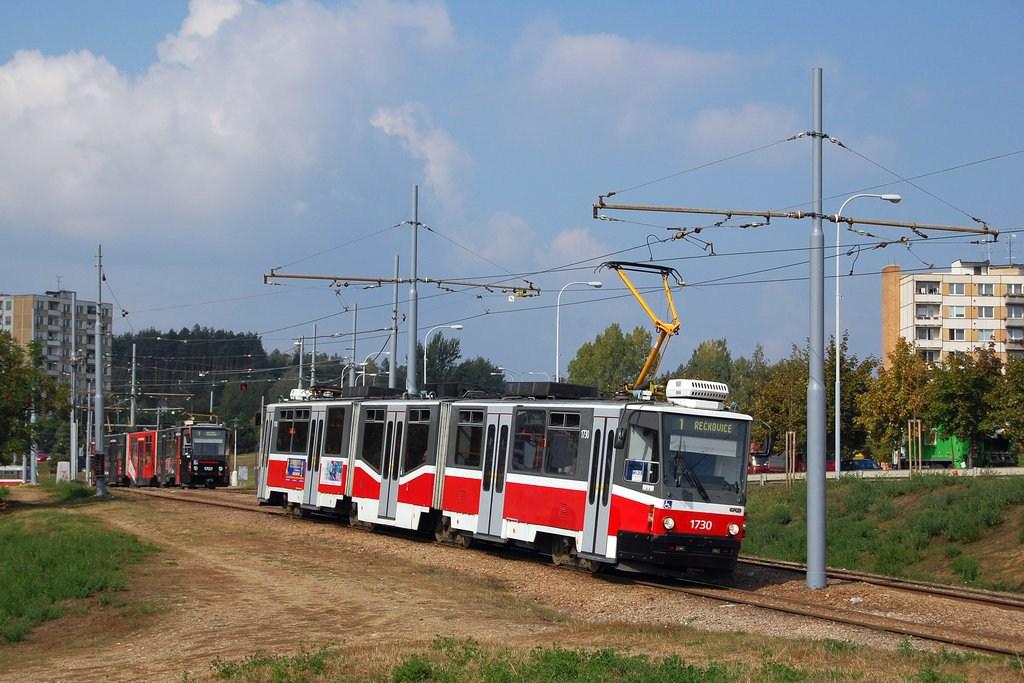 Fotogalerie » ČKD Tatra KT8D5N 1730 | Brno | Bystrc | Vejrostova