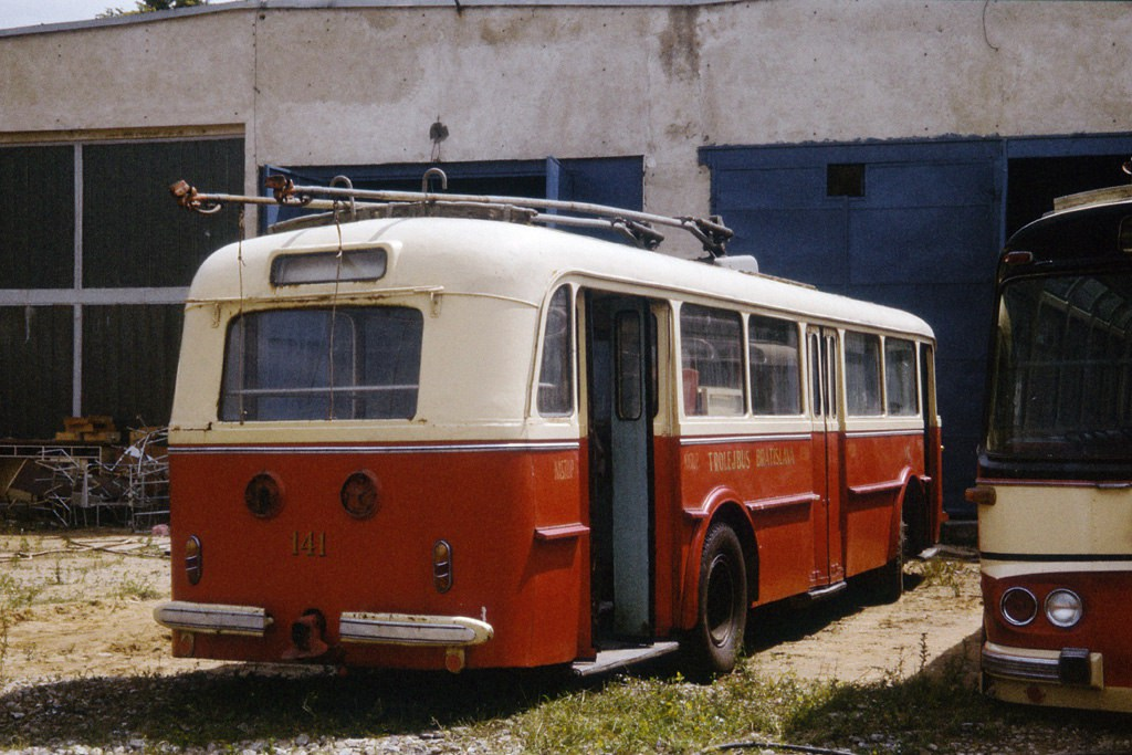 Fotogalerie » Škoda 8Tr 141   Brno   TMB Líšeň