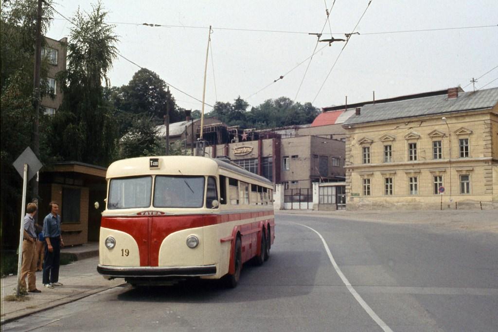 Fotogalerie » Tatra T400 19 | Brno | Staré Brno | Mendlovo náměstí | Mendlovo náměstí
