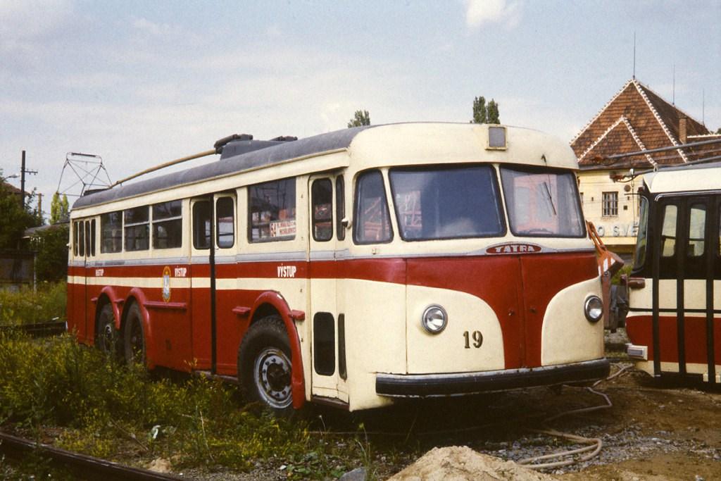 Fotogalerie » Tatra T400 19 | Brno | TMB Líšeň