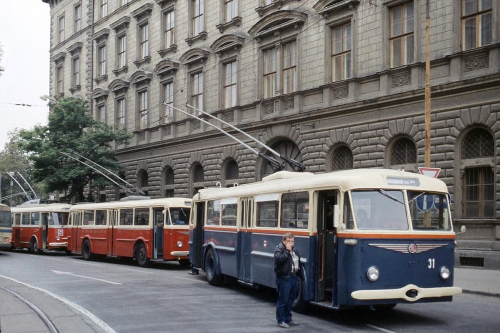 Fotogalerie » 7Tr4 31 | Škoda 8Tr 141 | Brno | střed | Benešova