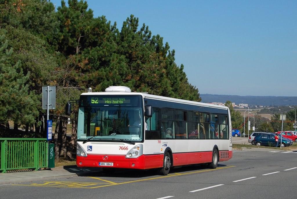 Fotogalerie » Irisbus Citelis 12M 7666   Brno   Bystrc   Vejrostova   Ondrouškova