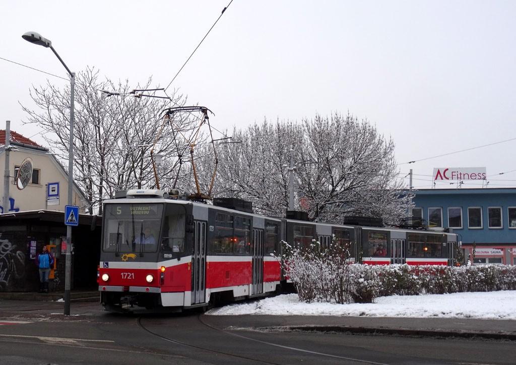Fotogalerie » ČKD Tatra KT8D5R.N2 1721 | Brno | Černá Pole | Merhautova | Štefánikova čtvrť