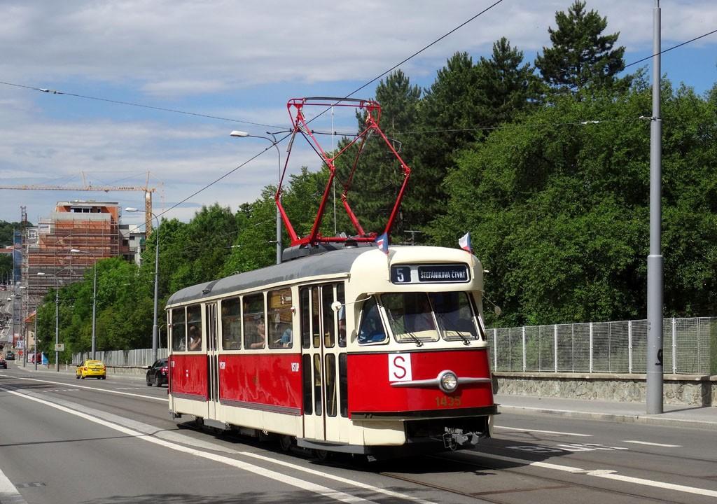 Fotogalerie » Tatra T2 1435 | Brno | Černá Pole | Milady Horákové