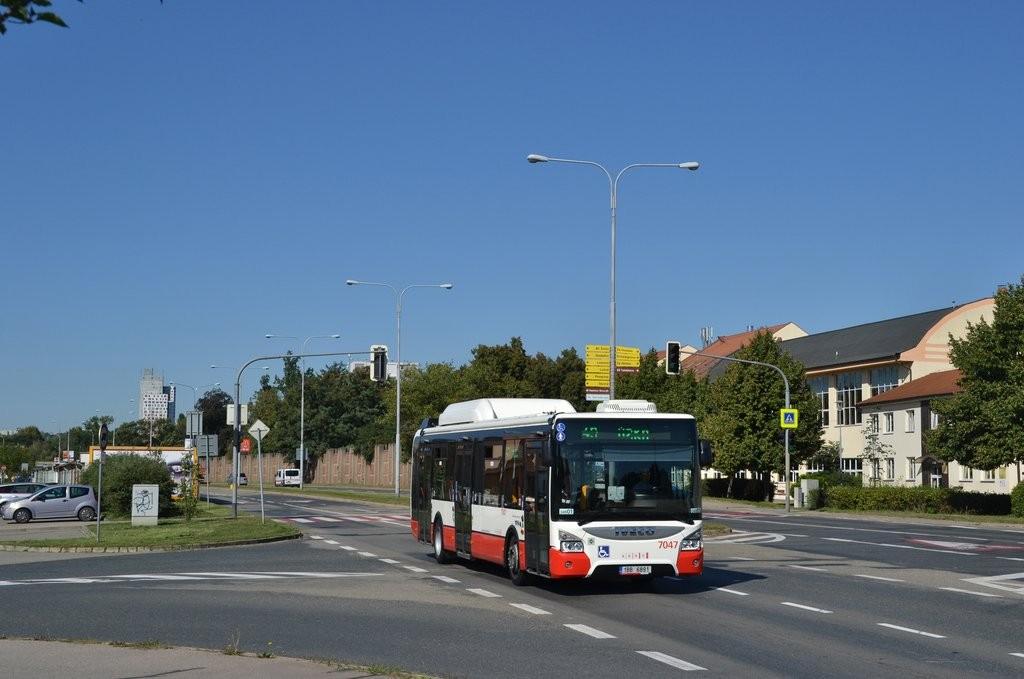 Fotogalerie » Iveco Urbanway 12M CNG 1BB 6891 7047 | Brno | Komárov | Černovická