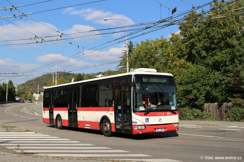 Fotogalerie » Irisbus Crossway LE 12M 7B3 3925 7815 | Brno | Komín | Veslařská