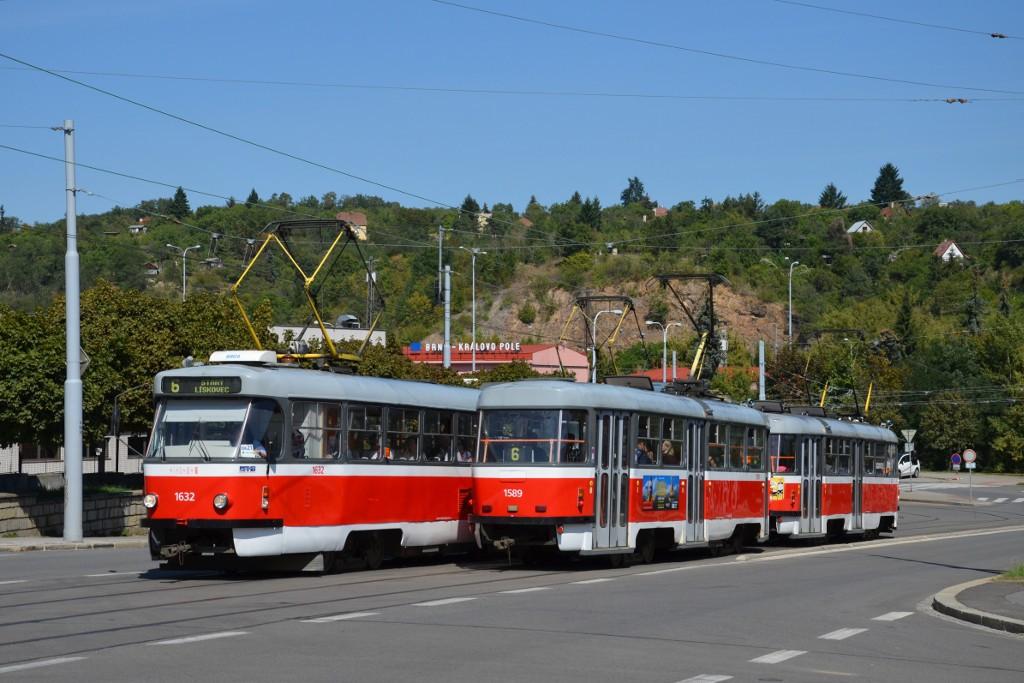 Fotogalerie » ČKD Tatra T3P 1632 | ČKD Tatra T3P 1589 | ČKD Tatra T3P 1620 | Brno | Královo Pole | Kosmova