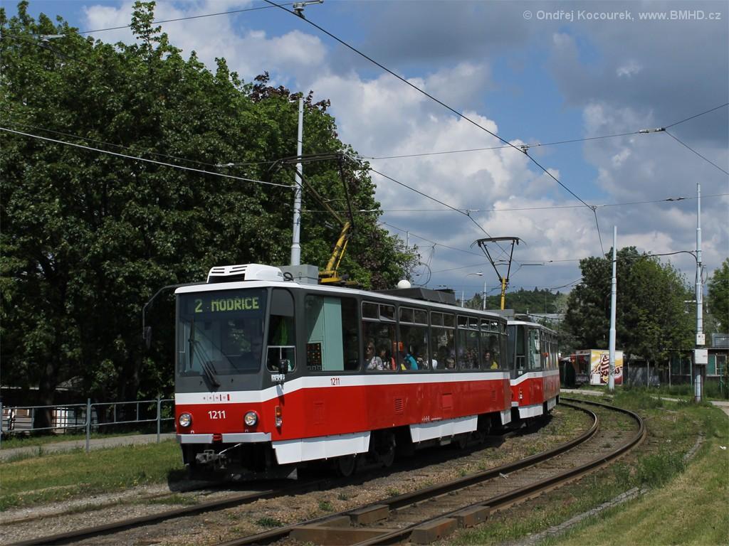 Fotogalerie » ČKD DS T6A5 1211 | ČKD DS T6A5 1212 | Brno | Židenice | Bubeníčkova