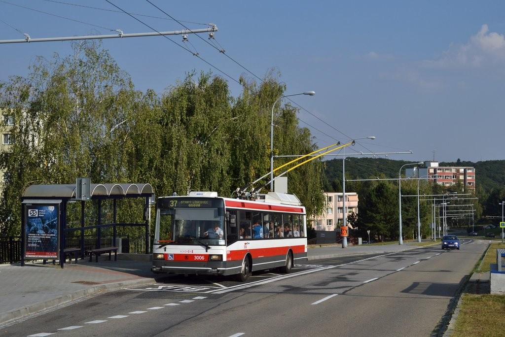 Fotogalerie » Škoda 21Tr 3006 | Brno | Kohoutovice | Libušina třída | Stamicova
