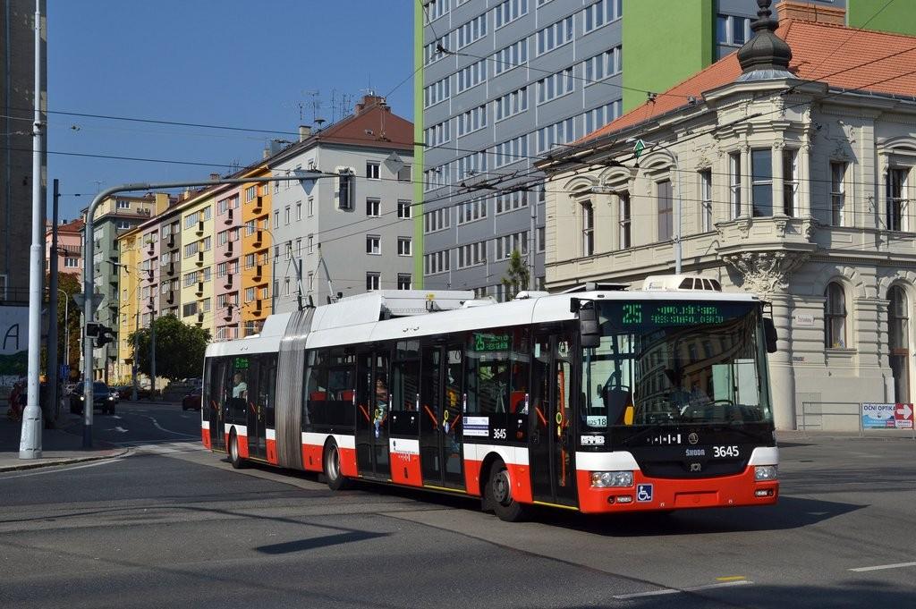 Fotogalerie » Škoda 31Tr 3645 | Brno | Veveří | Kotlářská