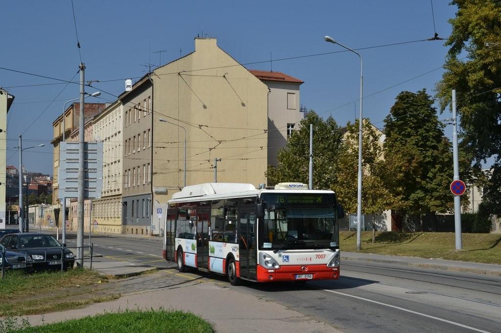 Fotogalerie » Irisbus Citelis 12M CNG 9B7 9156 7007 | Brno | Trnitá | Dornych | Zvonařka