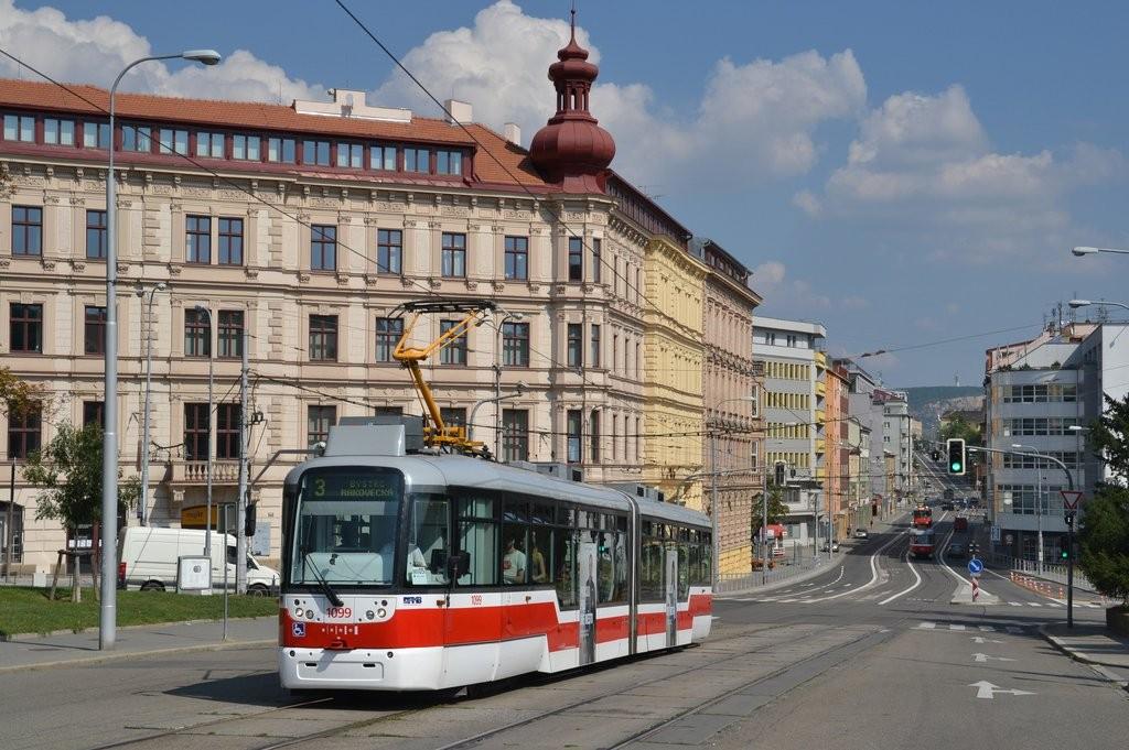 Fotogalerie » Pragoimex VarioLF2R.E 1099 | Brno | střed | Moravské náměstí