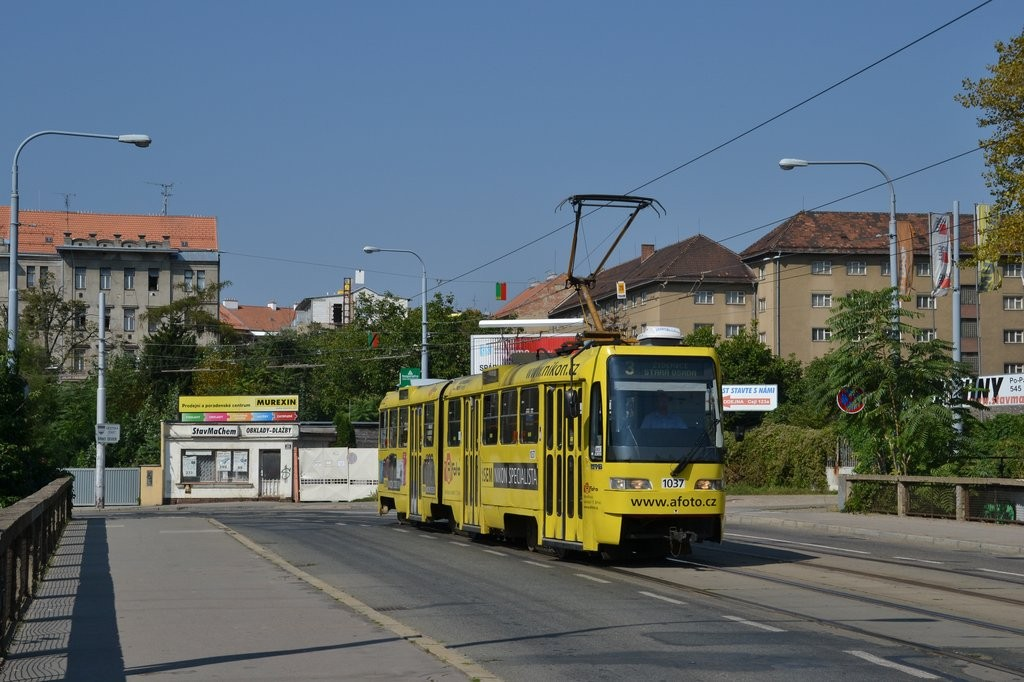 Fotogalerie » ČKD Tatra K2R03 1037 | Brno | Zábrdovice | Zábrdovická