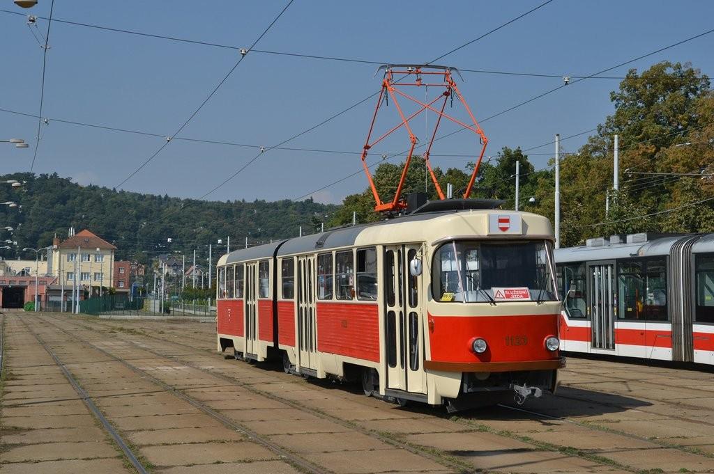 Fotogalerie » ČKD Tatra K2YU 1123 | Brno | vozovna Pisárky