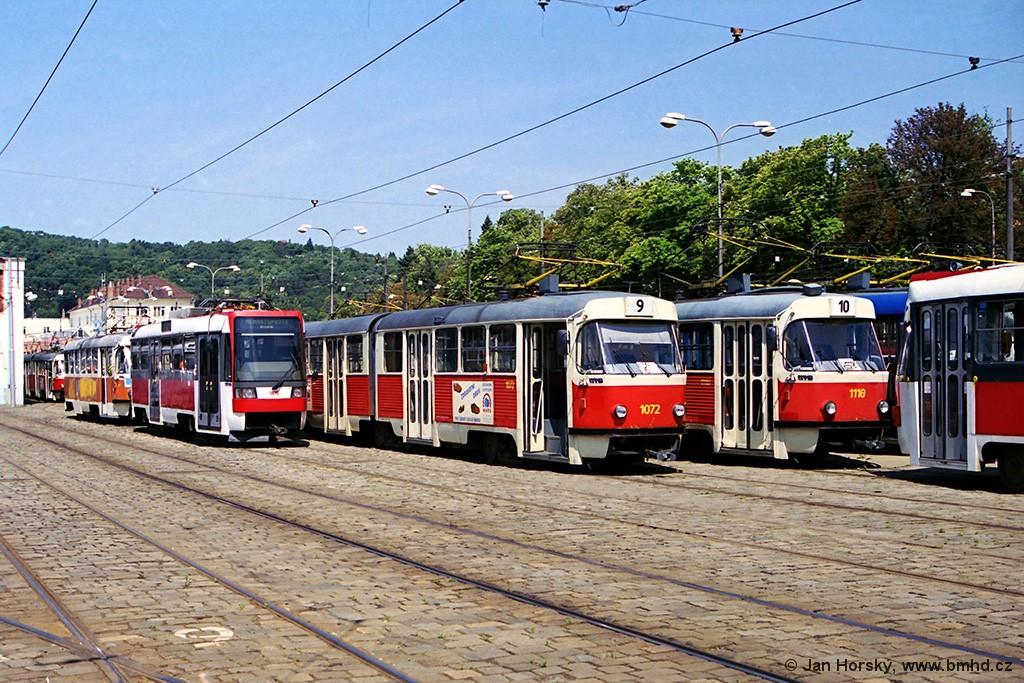 Fotogalerie » ČKD Tatra K2MM 1072   Brno   Pisárky   Vozovna Pisárky