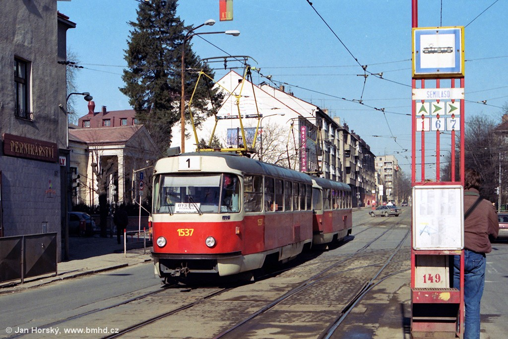 Fotogalerie » ČKD Tatra T3 1537 | ČKD Tatra T3 1548 | Brno | Královo Pole | Palackého | Semilasso