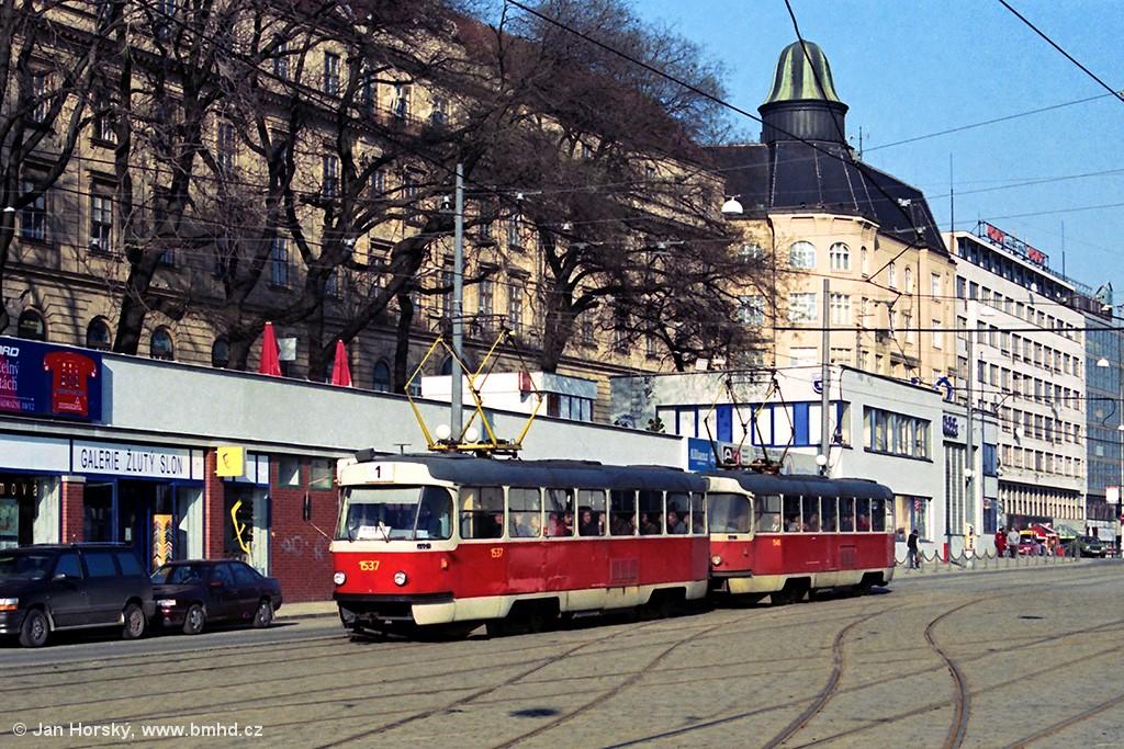 Fotogalerie » ČKD Tatra T3 1537 | ČKD Tatra T3 1548 | Brno | střed | Nádražní