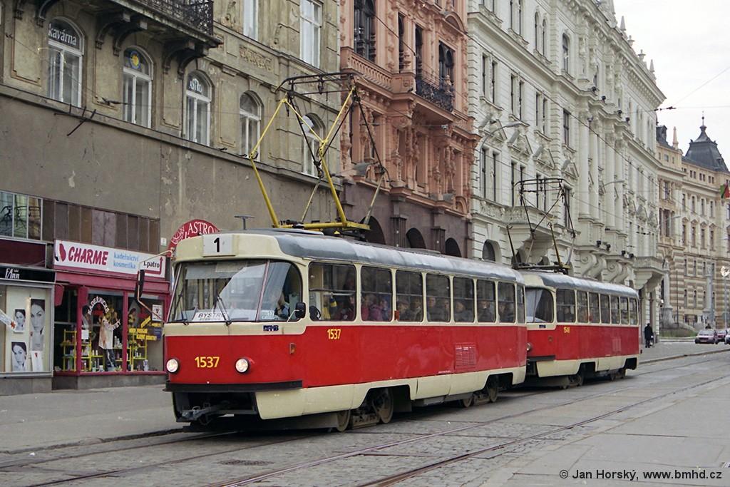 Fotogalerie » ČKD Tatra T3 1537 | ČKD Tatra T3 1548 | Brno | střed | Rooseveltova | Malinovského náměstí