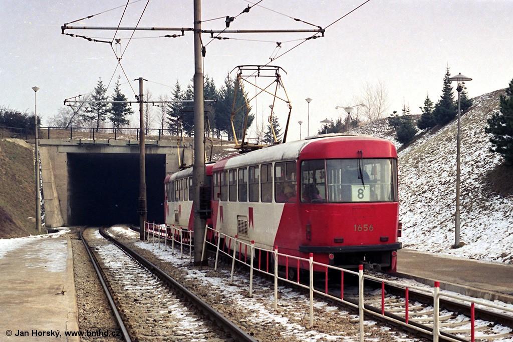 Fotogalerie » ČKD Tatra T3 1656 | ČKD Tatra T3 1655 | Brno | Bohunice | Krematorium