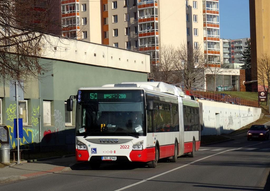 Fotogalerie » Iveco Urbanway 18M CNG 1BT 8142 2022 | Brno | Bohunice | Vyhlídalova | Vyhlídalova