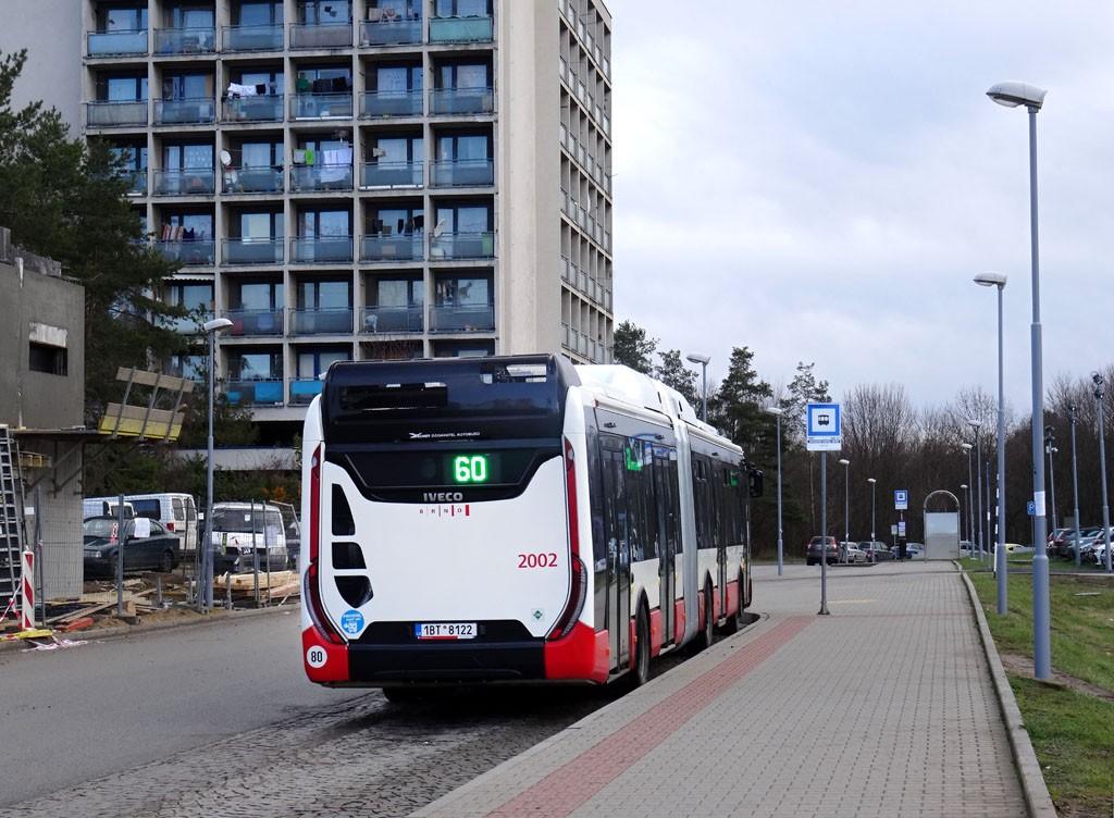 Fotogalerie » Iveco Urbanway 18M CNG 1BT 8122 2002 | Brno | Bohunice | Studentská | Univerzitní kampus, sever