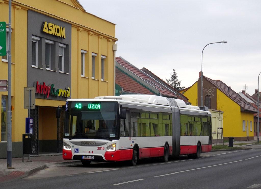 Fotogalerie » Iveco Urbanway 18M CNG 1BT 8135 2015   Brno   Tuřany   Revoluční   Revoluční