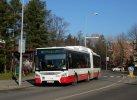 Nový vůz Urbanway 18M 2016 v zastávce Lesná, nádraží