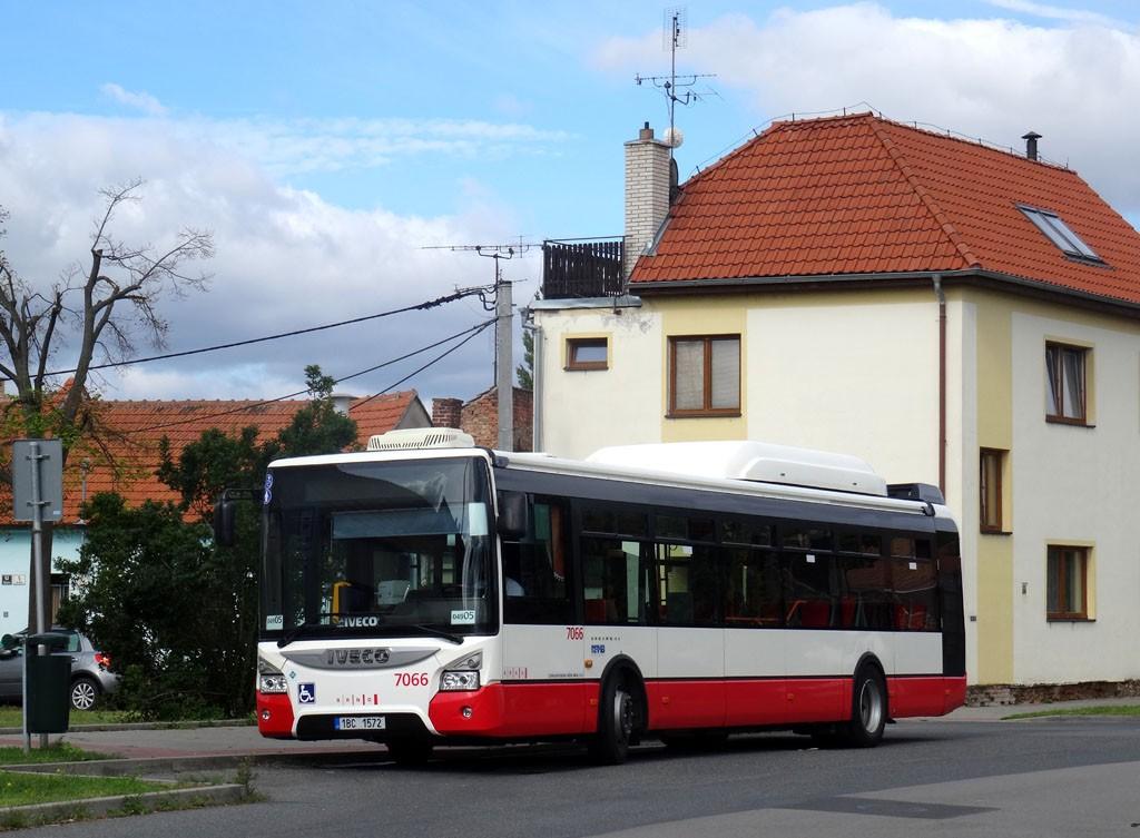 Fotogalerie » Iveco Urbanway 12M CNG 1BC 1572 7066 | Brno | Přízřenice | Břeclavská | Přízřenice smyčka