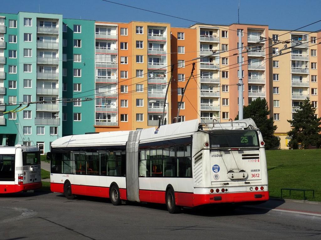 Fotogalerie » Škoda 25Tr Citelis 1B 3612 | Brno | Starý Lískovec | Osová | Osová, smyčka