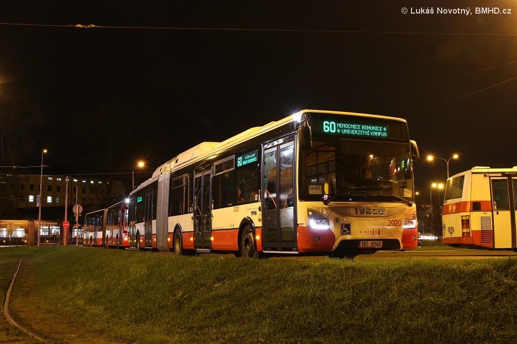 Fotogalerie » Iveco Urbanway 18M CNG 1BT 8140 2020 | Brno | střed | Zvonařka | Zvonařka, smyčka