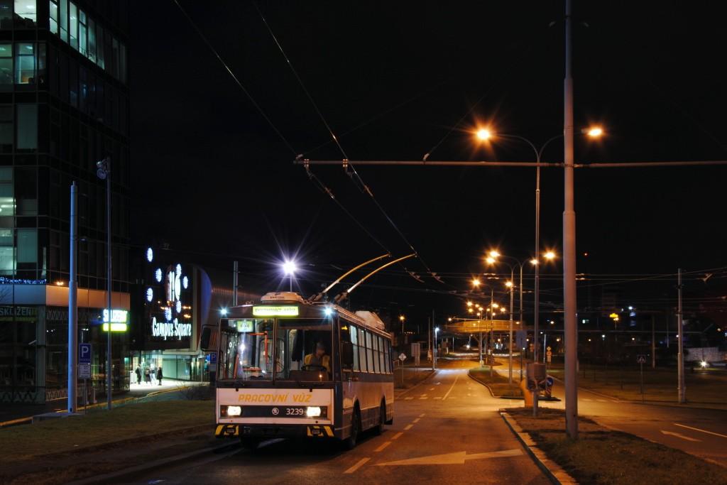 Fotogalerie » Škoda 14Tr10/6 3239 | Brno | Starý Lískovec | Netroufalky