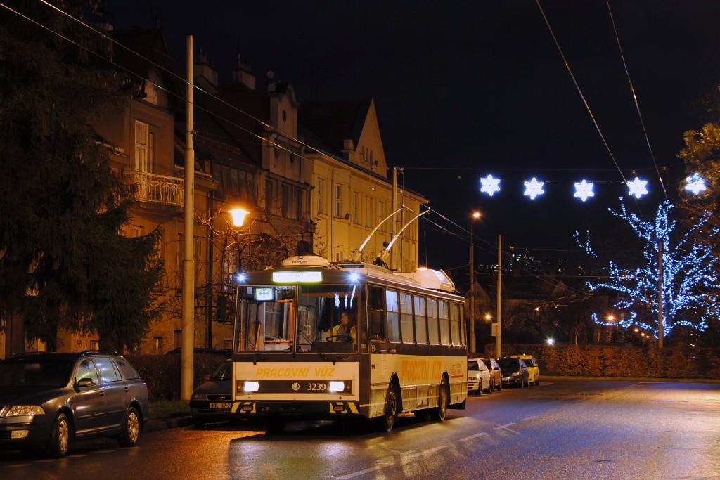 Fotogalerie » Škoda 14Tr10/6 3239 | Brno | Královo Pole | Skácelova