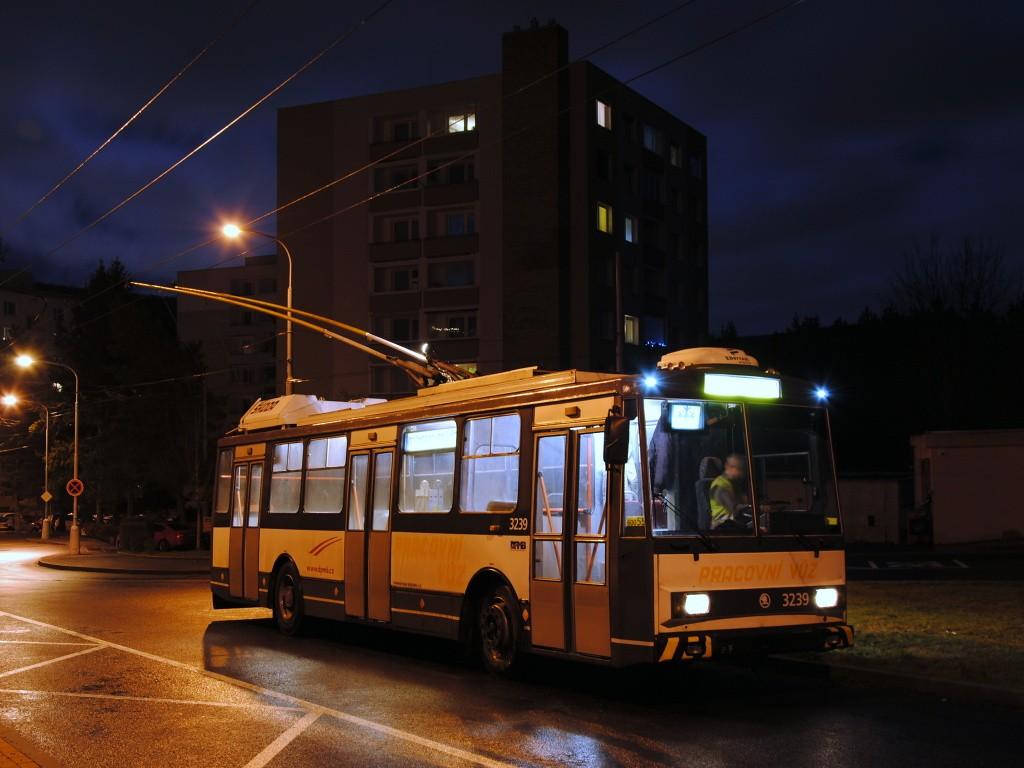 Fotogalerie » Škoda 14Tr10/6 3239 | Brno | Bystrc | Černého | Černého