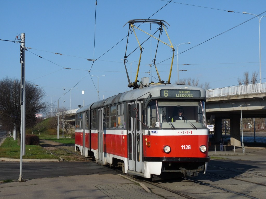 Fotogalerie » ČKD Tatra K2YU 1128   Brno   Královo Pole   Budovcova