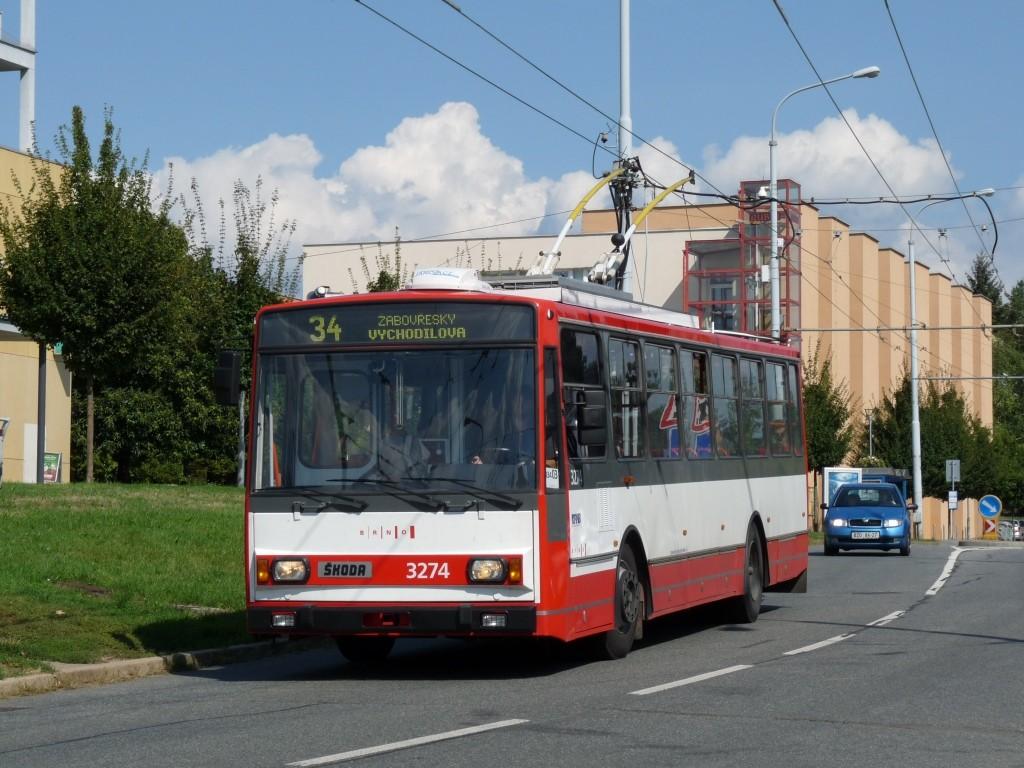 Fotogalerie » Škoda 14Tr17/6M 3274 | Brno | Žabovřesky | Makovského náměstí