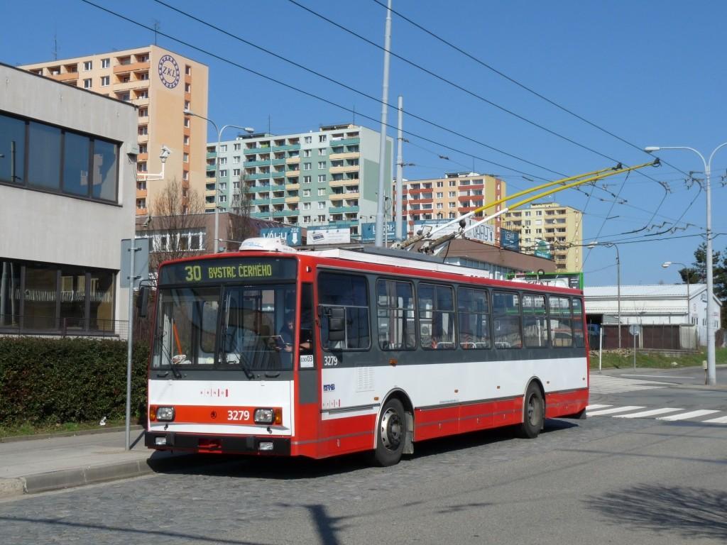 Fotogalerie » Škoda 14Tr17/6M 3279   Brno   Královo Pole   Budovcova   Královo Pole, nádraží