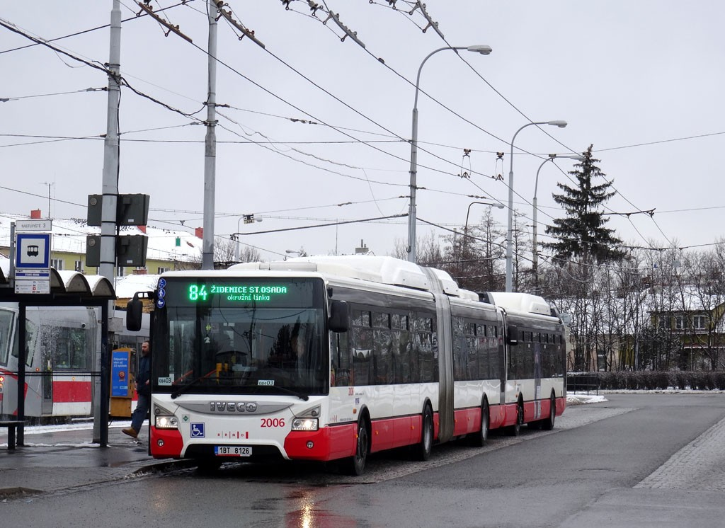 Fotogalerie » Iveco Urbanway 18M CNG 1BT 8126 2006 | Brno | Židenice | Stará Osada