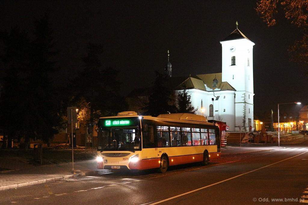 Fotogalerie » Iveco Urbanway 12M CNG 1BC 1577 7071 | Brno | Líšeň | náměstí Karla IV. | Náměstí Karla IV.