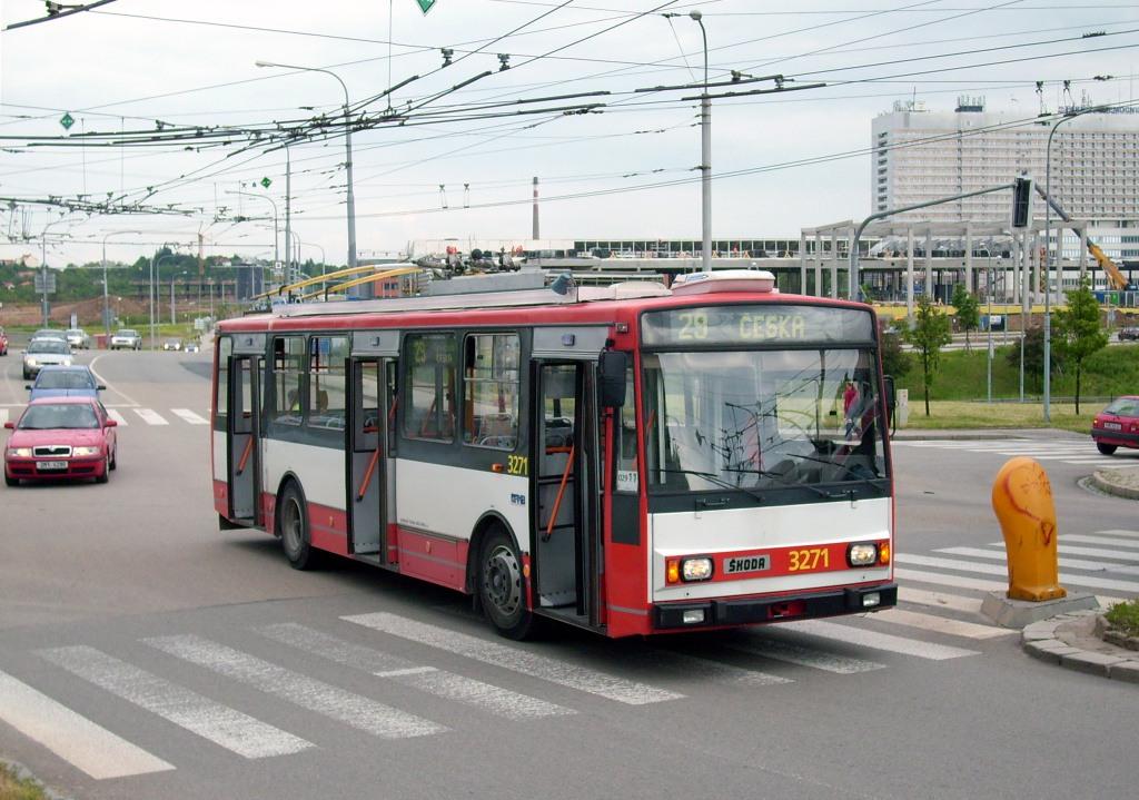 Fotogalerie » Škoda 14TrR 3271   Brno   Nový Lískovec   Petra Křivky