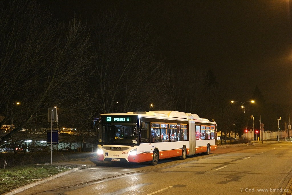 Fotogalerie » Iveco Urbanway 18M CNG 1BT 8143 2023 | Brno | Štýřice | Jihlavská | Ústřední hřbitov